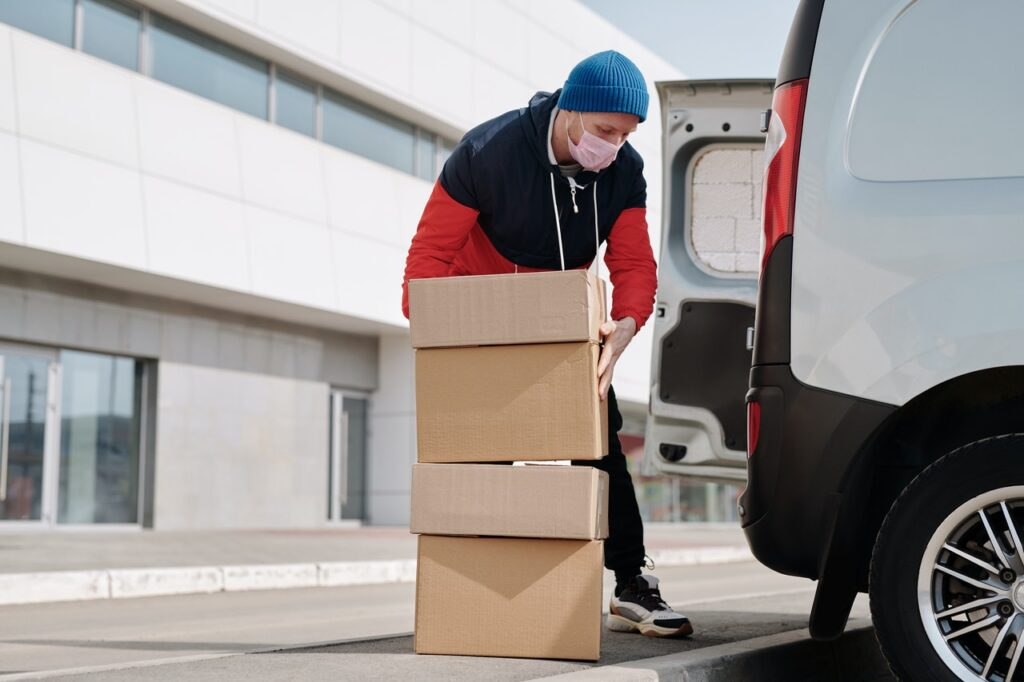 how to start a courier company at Home